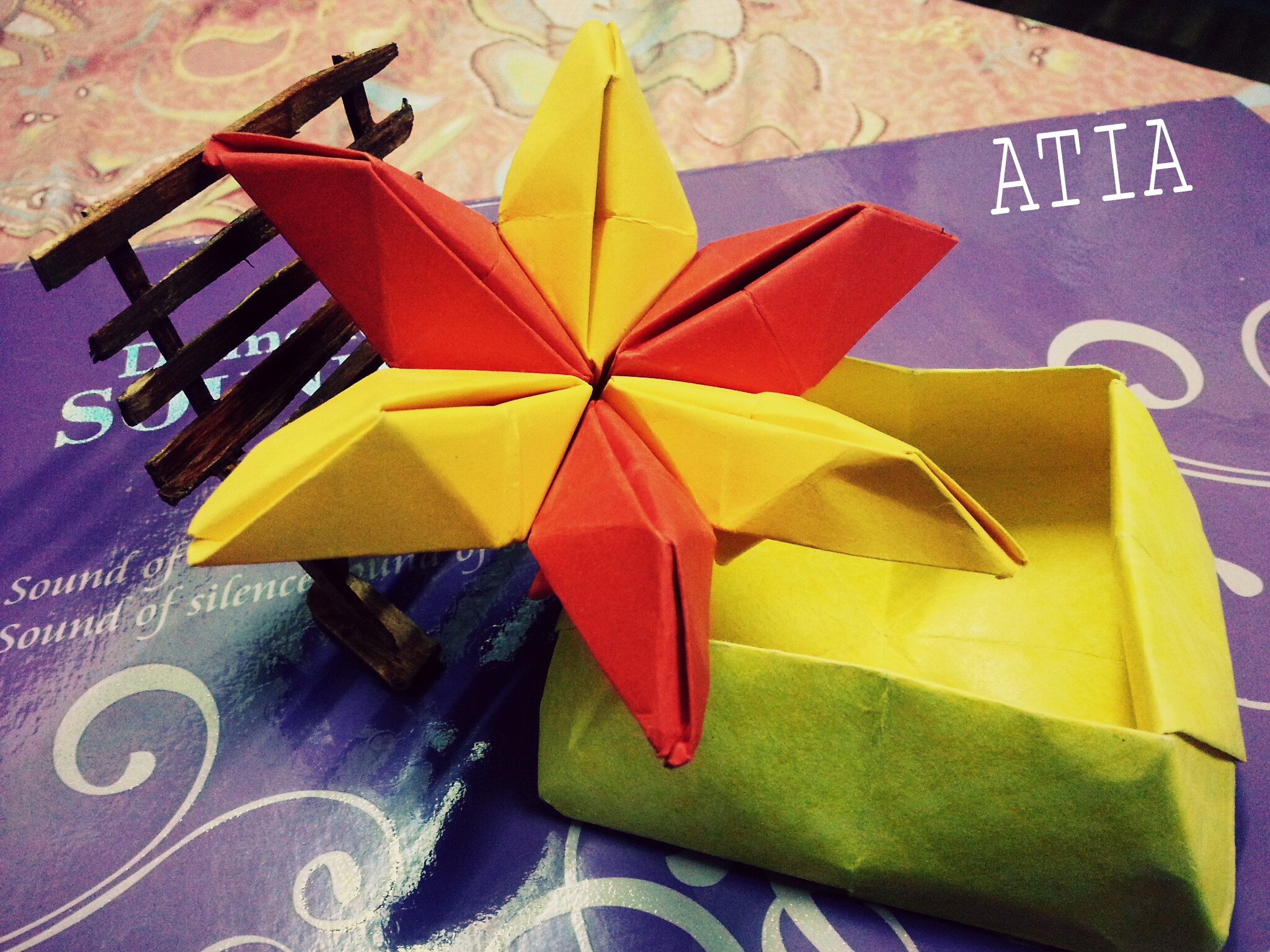 Top 10 contest winners from the origami weekend art project for Weekend art projects